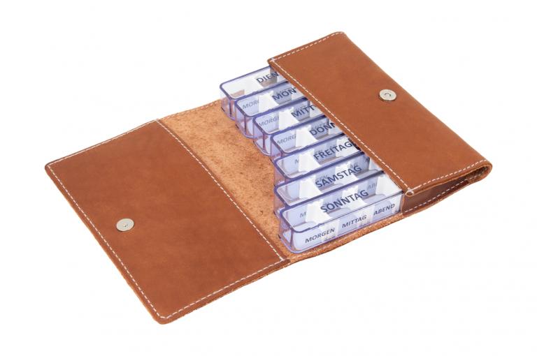 Medidos-DE-No1-Leather-Dark-Congnac-Crushed-Open-pill-dispenser-Kibodan-danish-design