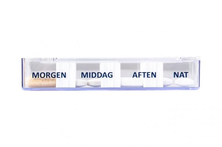 Medidos-DK-No1-Single-Side-pill-dispenser-Kibodan-danish-design-V4