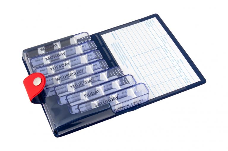 Medidose-GB-No1-Soft-Touch-Cherry-DarkBlue-Open-pill-dispenser-Kibodan-danish-design-A-X1