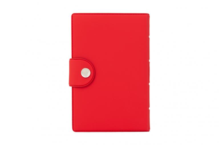 Medidose-XX-No1-Soft-Touch-Cherry-DarkBlue-Closed-pill-dispenser-Kibodan-danish-design