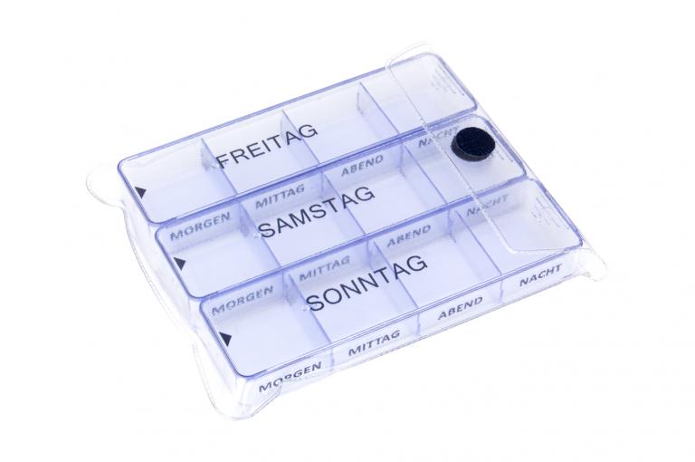 Medimax-DE-No6-Clear-Closeed-pill-dispenser-Kibodan-danish-design