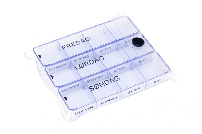 Medimax-DK-No6-Clear-Closeed-pill-dispenser-Kibodan-danish-design
