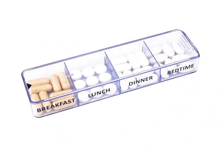 Medimax-GB-No3U-Single-Perspective-pill-dispenser-Kibodan-danish-design-B-X1