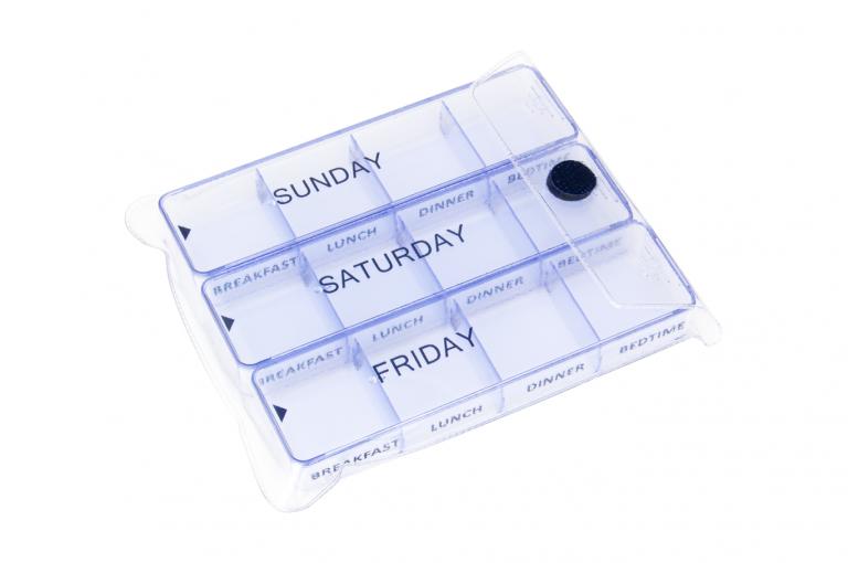 Medimax-GB-No6-Clear-Closeed-pill-dispenser-Kibodan-danish-design