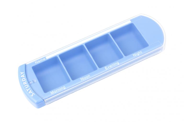 Medinizer-GB-No7-Single-Perspective-pill-dispenser-Kibodan-danish-design-B-X1
