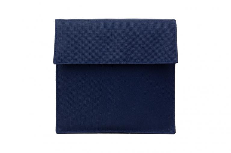 Medinizer-XX-No8-Bag-Dark-Blue-Front-pill-dispenser-Kibodan-danish-design
