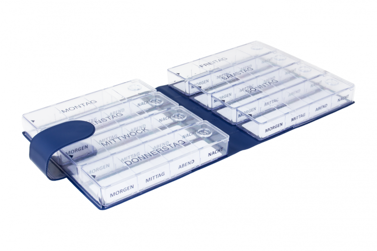 Megamax-DE-No1-Classic-Saphire-Open-pill-dispenser-Kibodan-danish-design