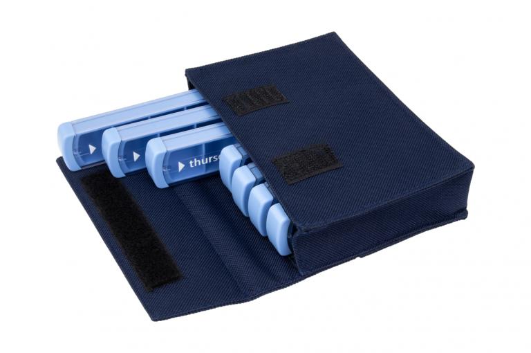 Mininizer-GB-No7-Bag-Dark-Blue-Open-pill-dispenser-Kibodan-danish-design