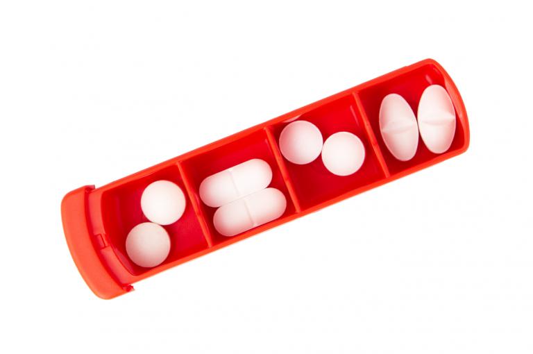 Mininizer-NE-No7-Single-Top-pill-dispenser-Kibodan-danish-design-B-X1