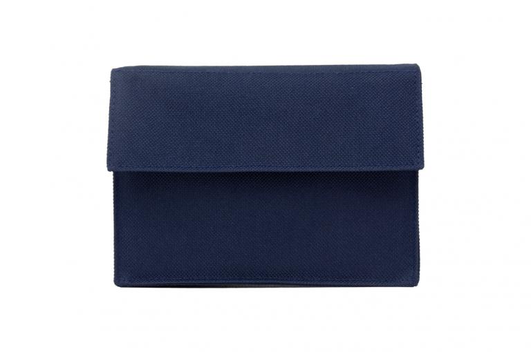 Mininizer-XX-No7-Bag-Dark-Blue-Front-pill-dispenser-Kibodan-danish-design
