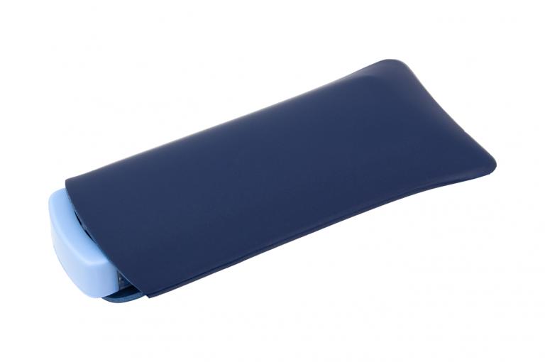 Mininizer-XX-No7-Sleeve-Dark-Blue-Closed-pill-dispenser-Kibodan-danish-design-B-X1